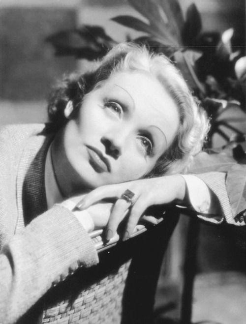Sala66 • Marlene Dietrich, 1932