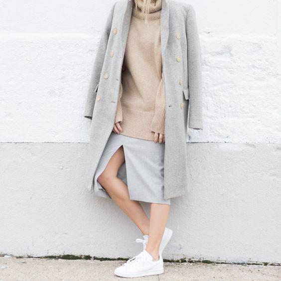 Girl style - Skirt - Sneakers - Pullover - Coat