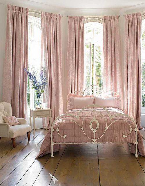 35 Spectacular Bedroom Curtain Ideas The Sleep Judge Elegant Bedroom Decor Pink Bedrooms Elegant Bedroom