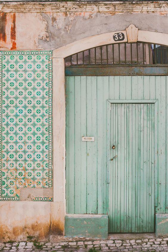 This is Lisbon - A Place for Twiggs   Fotografia de Casamento, Gravidez e Família