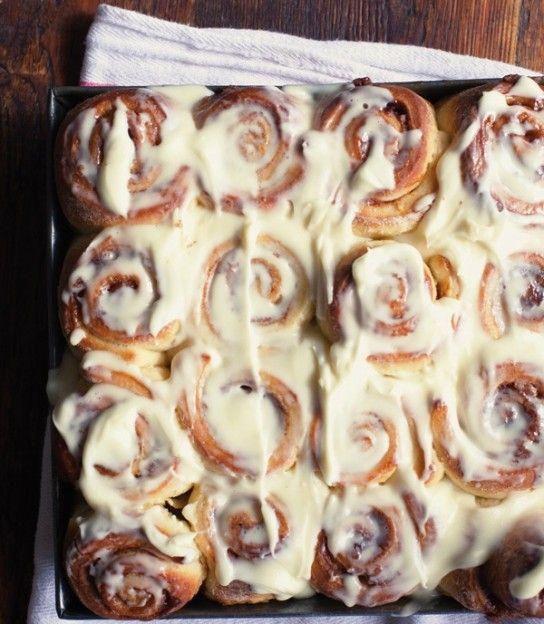 gooey cinnamon rolls {step by step!}