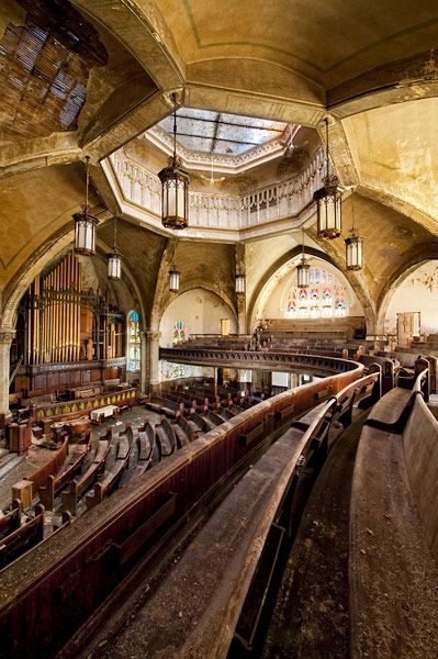 English, Gothic-style church in Detroit, completed in 1911 and listed on the National Register of Historic Places in 1982, now abandoned.