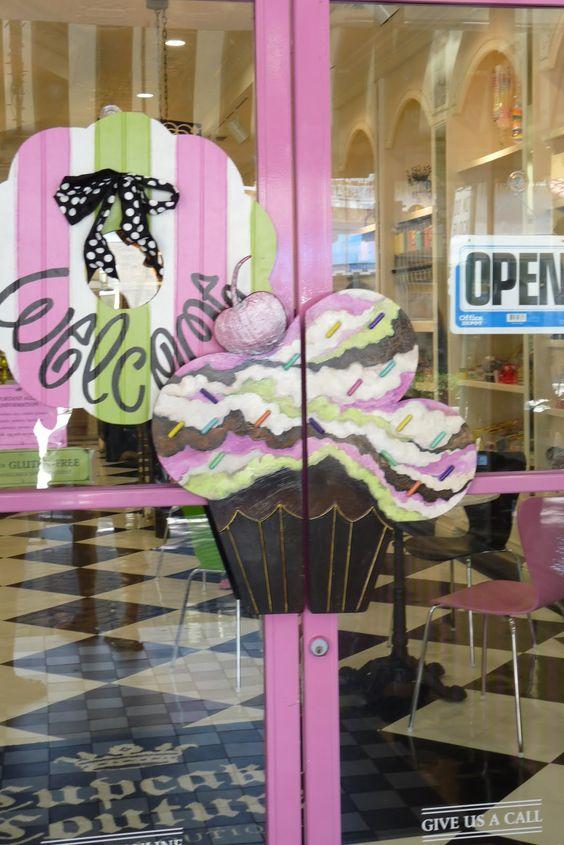 Cupcake Shops | the treat girl: A Cupcake Shop in Delray Beach!