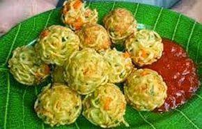 Resep Membuat Bola Bola Mie Enak Praktis Resep Masakan Resep Cemilan