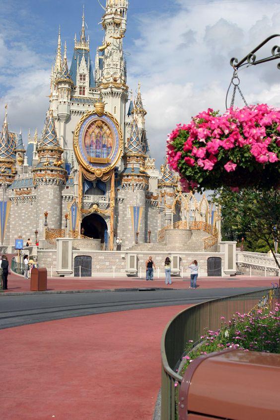 Disney... by scylla.deviantart.com