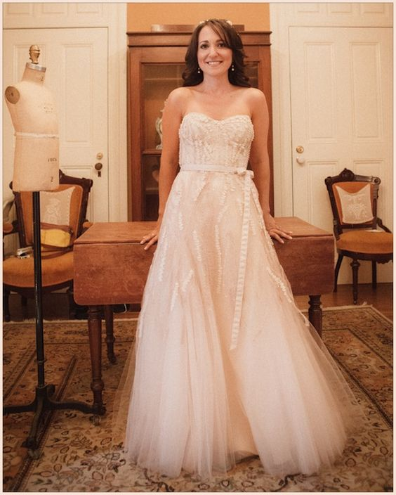 Used Monique Lhuillier Wedding Dress for sale on ...