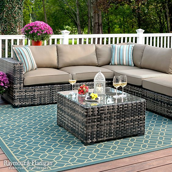Add Life To Your Outdoor Patio With A Gorgeous Sectional