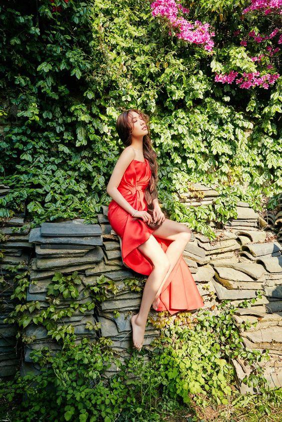 Park Shin Hye Äẹp ma má» vá»i suá»i tóc dài không tÆ°á»ng, Shin Min Ah sành Äiá»u trên tạp chí - Ảnh 10.