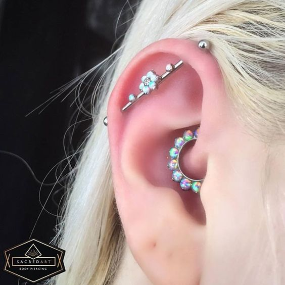Body piercing jewellery - vertical industrial ear piercing - daith septum clicker ring