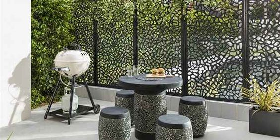 How to Create an Outdoor Area in a Small Space