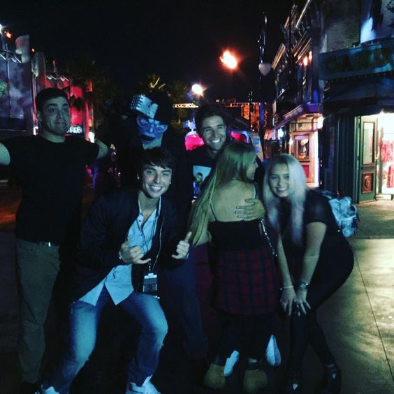 """At @horrornights with great friends  Follow the whole experience on snapchat ( wessnappinchats )"""