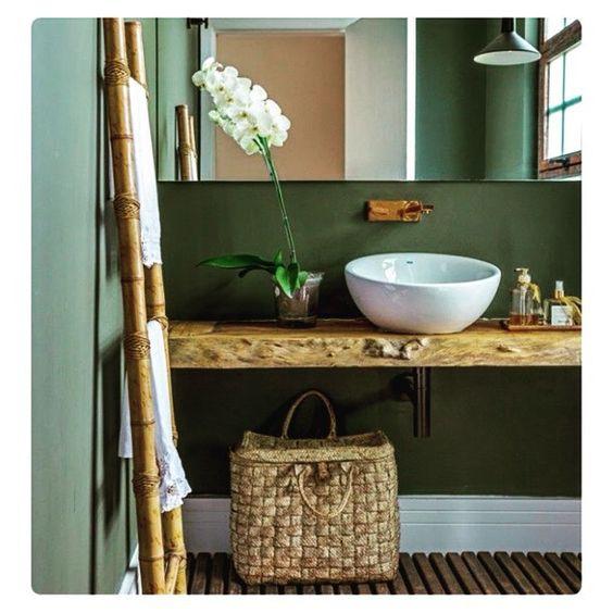 Atemporal, a madeira é essencial na decoração  Post novo no blog do Le Petit Chouchou esperando você!! #Decor #Decoração #DecorandoComKikaJunqueira #Madeira #ComoUsar #ComoArrumar #ComoDecorar #InstaCasa #InstaHome #Inspiração #HomeDecor #HomeStyle #BlogLePetitChouchou #PorKikaJunqueira #NK2Decoração #LetsDecorate #Interiores #InteriorDesign