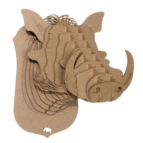 winston le phacoch re troph e mural en carton de cardboard safari troph e de chasse en carton. Black Bedroom Furniture Sets. Home Design Ideas