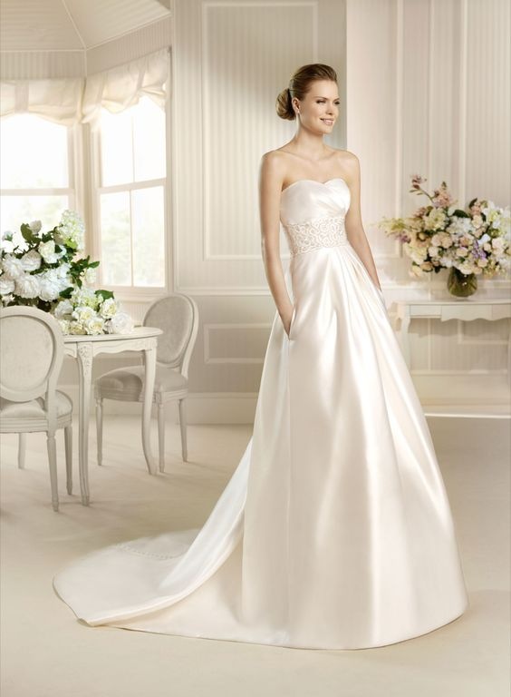 LA SPOSA MELILLA $1,384 at www.BridalGown.NET