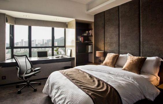 décoration de chambre avec coin de bureau, étagères ouvertes et rangement