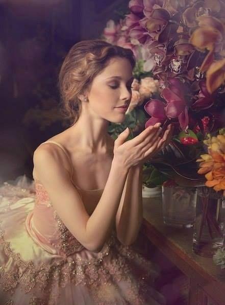 Царство женщины – это царство нежности, тонкости и терпимости. А её сердце – это неиссякаемый источник любви, теплоты и заботы! (Жан Жак Руссо)