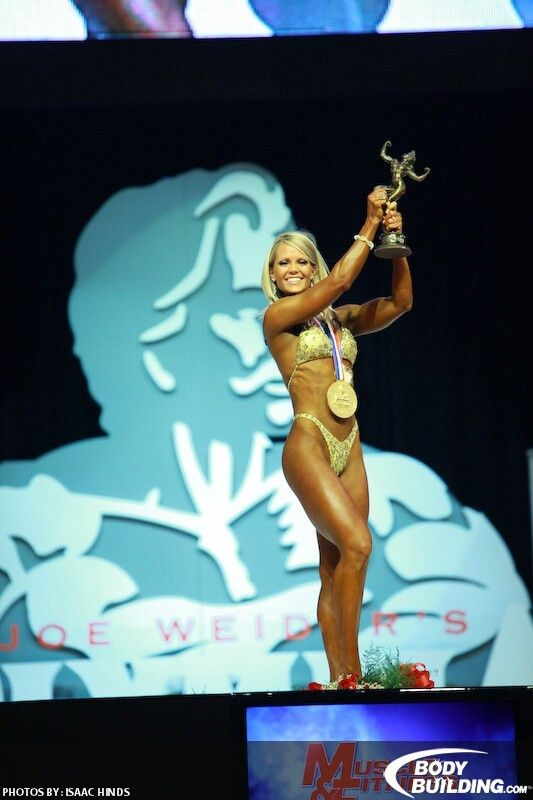 Nicole Wilkins Lee At The 2009 Olympia.