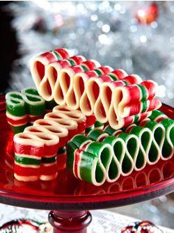 Old-Fashioned Ribbon Candy #candyart #luxebylisavogel http://www.luxebylisavogel.com/ https://www.facebook.com/LuxebyLisaVogel
