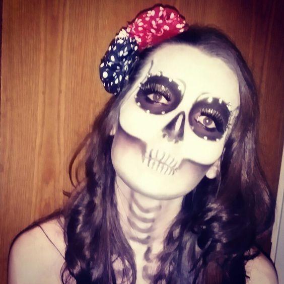 Mexican calaverita skull makeup