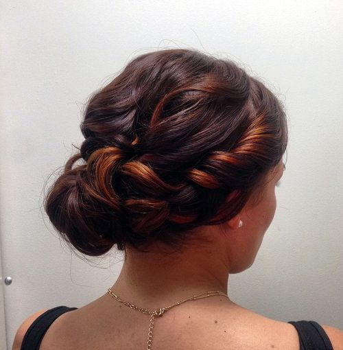 creative+chignon+for+curled+hair