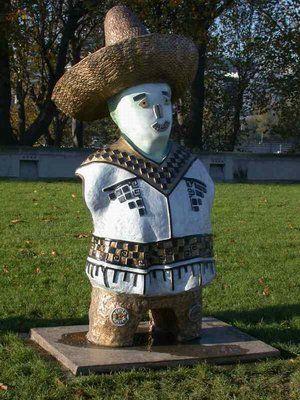 Le Parc de Bercy : Les enfants du Monde par Rachid Khimoune ( ? le mexicain ?)