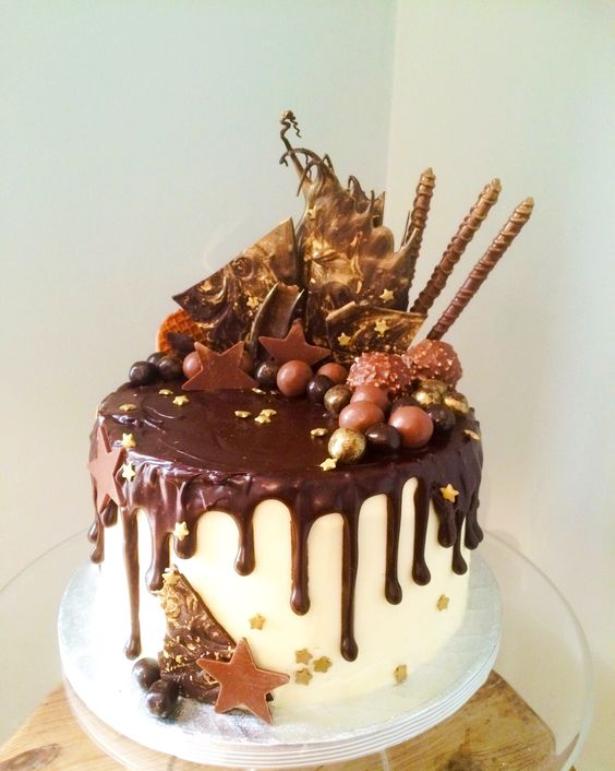 Loaded chocolate drippy cake - Victoria Rose Bakery ...