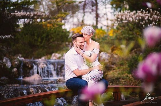 Und Hier Das Zweite Foto Vom Coupleshooting Im Wunderschonen Japanischen Garten In Wien Setagayapark Beautifulvienna Couplesho Photo Makeup Photo Instagram