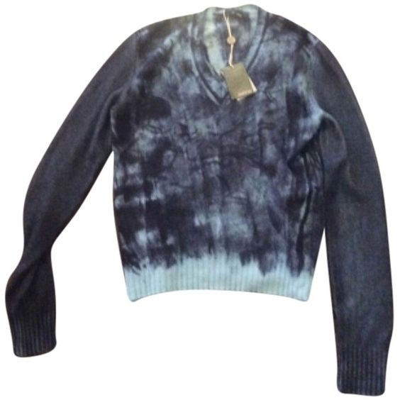 """Pre-owned Avant Toi """"avant Toi"""" Sweater ($365) ❤ liked on Polyvore featuring tops, sweaters, blue, blue cashmere sweater, blue sweater, cashmere tops, cashmere sweater and blue top"""