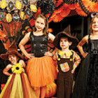 Gather your family and friends for a party like this orange-and-black bash from the September/October 2014 issue of @sandrashm Magazine!