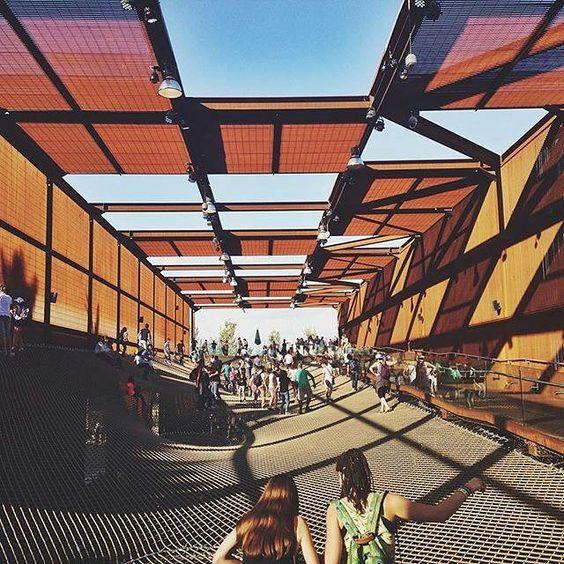 Una nuova giornata inizia a #Expo2015. Il buongiorno ve lo augura il Padiglione Brasile!  A new day starts at #Expo2015. Brasil Pavilion wishes you a goodmorning!  Repost @hilary_frost