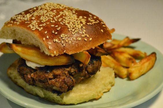 Hamburguesas caseras Homade burgers and buns