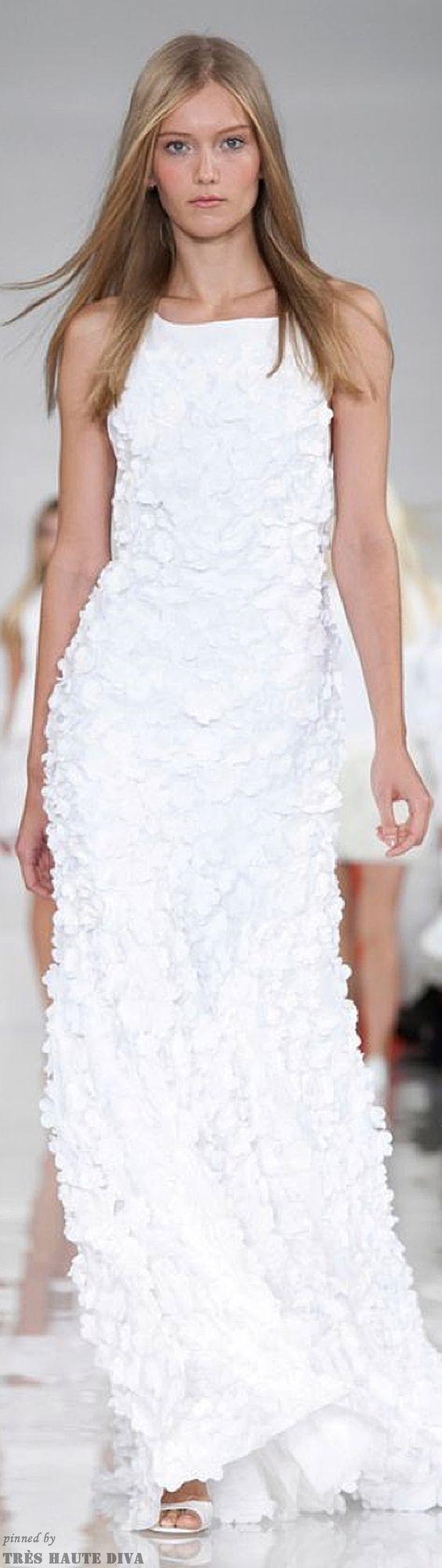 Wonderfully white.  Ralph Lauren 2014 - RTW www.nytimes.com. Via @swisschicboutiq.  #RalphLauren #gowns