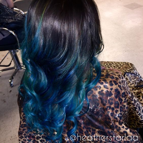 Black to blue balayage ombre. Blue ombre. Blue balayage. Blue hair. Curled