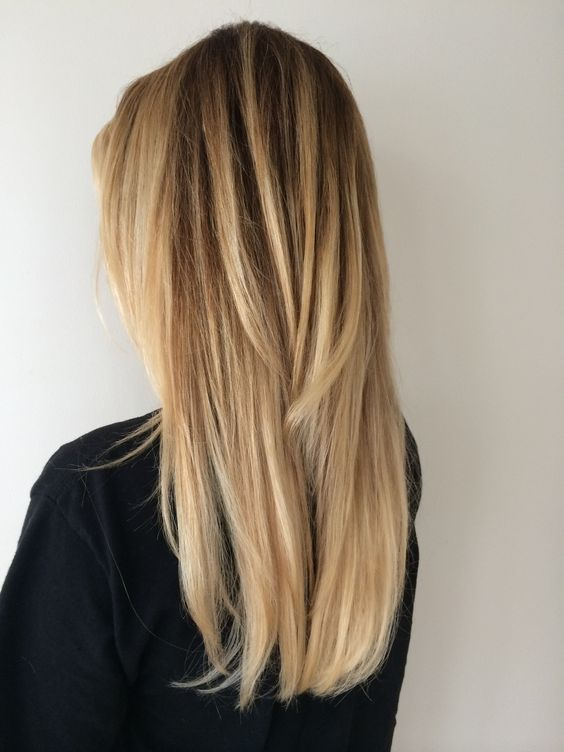Long blonde hair with layers balayage hair color highlights