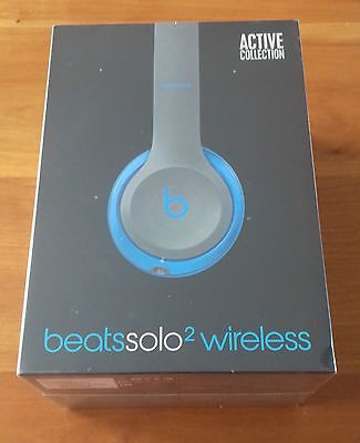 Beats by Dr. Dre Solo2 Wireless Headphones Flash Blue Brand New unopened https://t.co/zxqOqEMnIE https://t.co/teYBCJRVGD