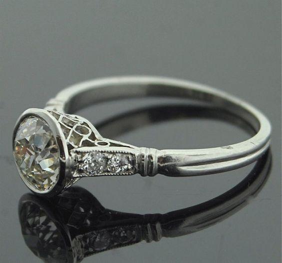 antique 1920s platinum engagement ring white