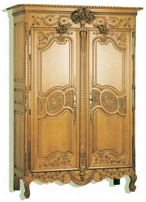 armoire normande trois bouquets armoires normandes. Black Bedroom Furniture Sets. Home Design Ideas