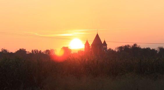Kloster Knechtsteden Dormagen im Sonnenuntergang. Aufname vom 01.10.2014