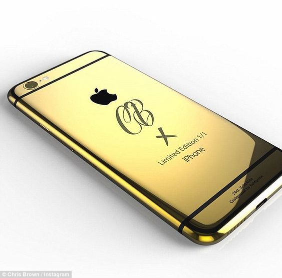 chris brown's 24 crt gold iphone
