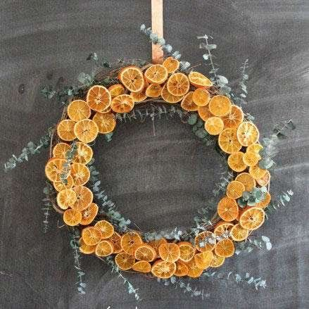 Fall Wreaths We've Been Dreaming About- Dried Orange Wreath