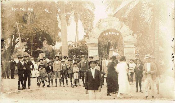Parque Murillo Toro de Ibagué en 1926.