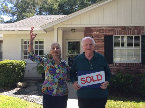 Bill and Enza in their new home in Palm Coast!  Congrats to you both!!