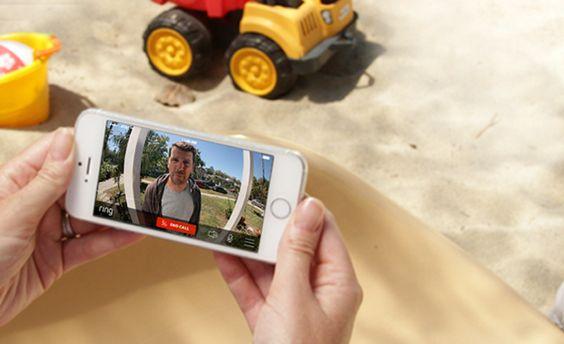 Ahora podrás ver quien toca a tu puerta desde tu smarthphone aunque no estés en casa.