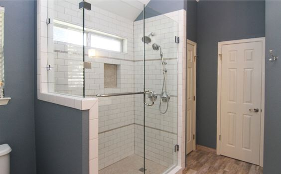 Ceramics Glass Doors Tile Clear Glass Showers Tubs A Well Circles For