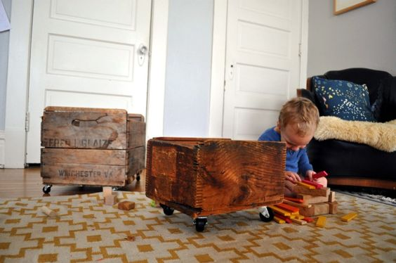 wheels + upcycled crate = toy box on wheels! Already made heaps of these myself over the last few years!