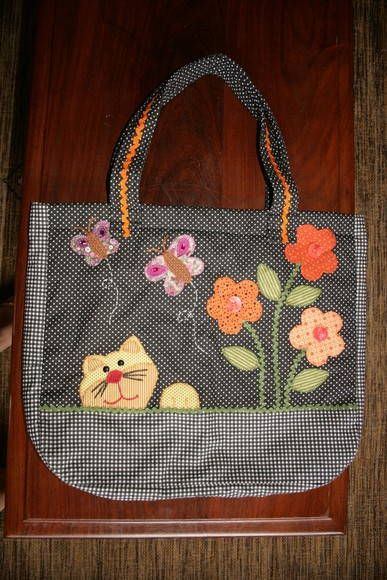 Bolsa De Mao Com Pedraria : Bolsa de patchwork com dois bolsos internos toda bordada