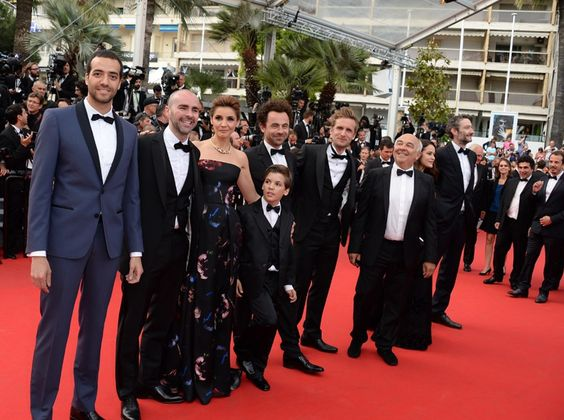 Philippe Lacheau et Julien Arruti du film Babysitting en smoking Francesco Smalto.   http://people.premiere.fr/Photos-people/PHOTOS-Cannes-2014-Gerard-Jugnot-Philippe-Lacheau-et-les-acteurs-de-Babysitting-mettent-le-dawa-3999825