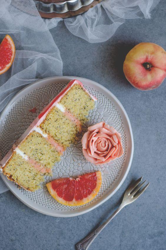 Grapefruit semi naked cake