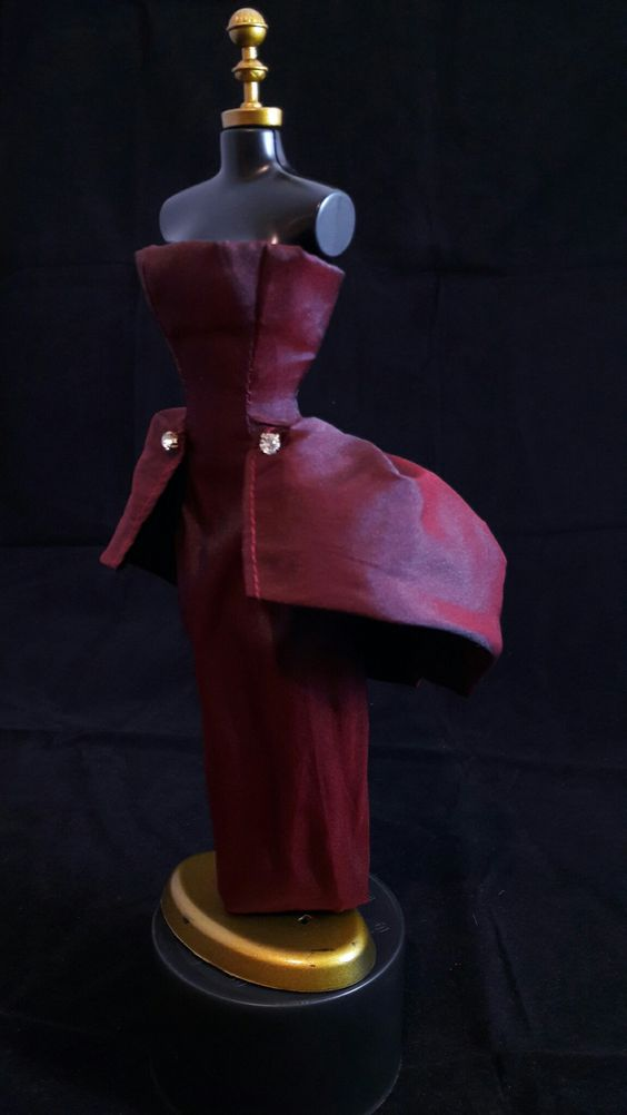 Vestido Vinho  #vestido #dress #doll #boneca #barbie #vinho #fashion
