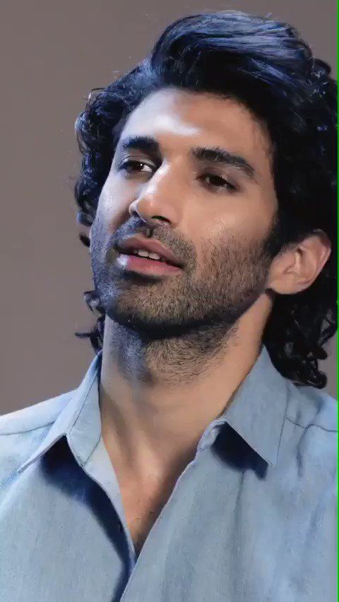 Adi Being Tested On His Make Up Knowledge He Always Looks With Or Without Make Up Adityaroykapur Adit Hair And Beard Styles Haircuts For Men Beard Styles